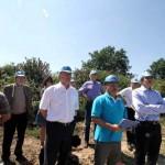 Visite environnemental des élus du Grand Cahors à CM QUARTZ Certifie ISO 14001
